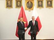 Le vice-Premier ministre Truong Hoa Binh en visite officielle en Pologne