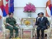 Le Vietnam renforce sa coopération de défense avec le Cambodge