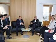 Rencontres bilatérales du Premier ministre Nguyen Xuan Phuc en marge de l'ASEM 12