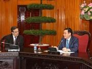 Le vice-PM Vuong Dinh Hue reçoit des entreprises françaises