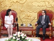 Hoàng Binh Quân reçoit une délégation de l'Union des femmes socialistes de la RPDC