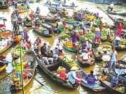 Plongée dans les marchés flottants du delta du Mékong