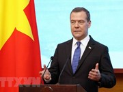 Le Premier ministre russe termine sa visite officielle au Vietnam