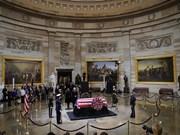 Le Vietnam rend hommage à l'ex-président américain George H.W. Bush