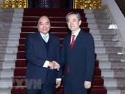 Le PM reçoit les nouveaux ambassadeurs de Chine et du Danemark