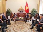 Le vice-PM Pham Binh Minh au Laos, les liens au beau fixe