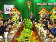 Des autorités formulent ses vœux de Noël aux catholiques à Ninh Binh, Nam Dinh et Bac Ninh