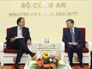 Anti-criminalité: le ministre Tô Lâm souhaite une aide britannique accrue