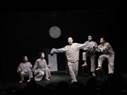 """""""La cantatrice chauve"""" monte sur scène pour la première fois à Hanoi"""