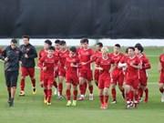 Le Premier ministre encourage l'équipe nationale de football