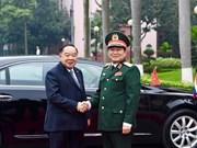 Le vice-PM et ministre de la Défense de Thaïlande en visite officielle au Vietnam
