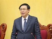 Le vice-PM Vuong Dinh Hue: Créer des moteurs et pressions pour aller de l'avant