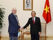 Le vice-PM Truong Hoa Binh reçoit le chef adjoint du département anti-corruption du président russe