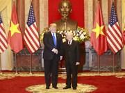 Entretien entre Nguyen Phu Trong et Donald Trump