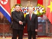 Le dirigeant Nguyen Phu Trong s'entretient avec le président de la RPDC Kim Jong-un