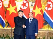 Le PM Nguyên Xuân Phuc rencontre le leader nord-coréen Kim Jong-un