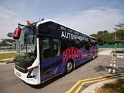 Le premier bus électrique sans conducteur au monde dévoilé à Singapour