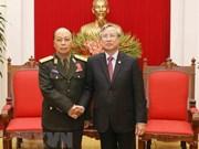 Le Vietnam fera de son mieux pour renforcer les liens avec le Laos