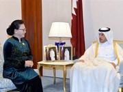 La présidente de l'AN Nguyen Thi Kim Ngan rencontre le PM qatari
