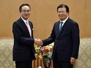Le vice-PM Trinh Dinh Dung reçoit le directeur général du groupe Marubeni