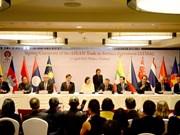 L'ASEAN signe sur le commerce des services et les investissements