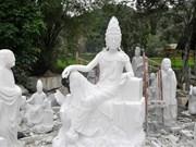 Précision et spiritualité: les sculptures de Luc Yên attirent l'œil !