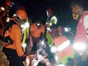 Indonésie : au moins 5 personnes tuées et 15 enfouies dans l'effondrement d'une mine