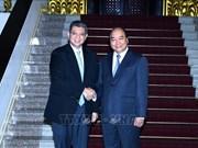 Le PM Nguyen Xuan Phuc reçoit le ministre malaisien des AE