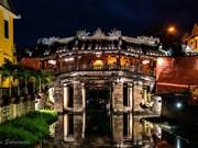À  Hôi An, le vieux pont couvert japonais tremble sur ses bases