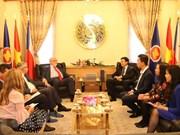Le Vietnam et la République tchèque encouragent la coopération économique