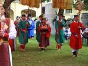 Un rituel séculaire du festival Doan Ngo reconstitué à Hanoi