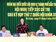 La présidente de l'AN rencontre des électeurs à Can Tho