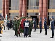 Le Vietnam rend un vibrant hommage à ses deux amis russes