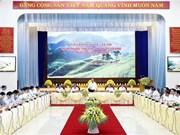 Pour le 13e Congrès national du Parti : séance de travail avec plusieurs localités