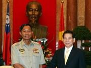 Nguyen Minh Triet reçoit le chef d'état-major birman