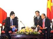 Revue de presse de la visite au Vietnam du PM François Fillon