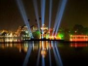 Hanoi magnifiquement illuminée