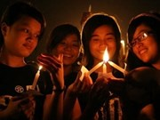 """Lancement de l'""""Heure de la Terre 2012"""" au Vietnam"""