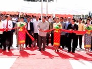 Aide vietnamienne pour la construction d'une école au Laos