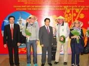 HCM-Ville et Da Nang accueillent leurs premiers touristes étrangers