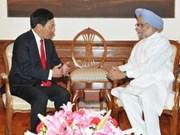Le ministre vietnamien des AE rencontre le PM indien