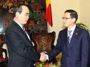 Nguyen Thien Nhan reçoit un hôte thaïlandais