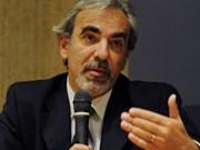 Le vice-ministre uruguayen des AE Luis Porto à Hanoi