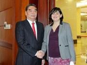 Le Vietnam renforce ses relations avec le Parti communiste français