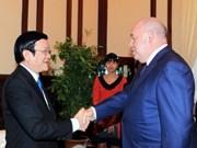 Truong Tan Sang reçoit le représentant spécial de Vladimir Poutine