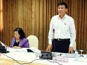 AN: la route Ho Chi Minh et la loi sur les douanes en débat