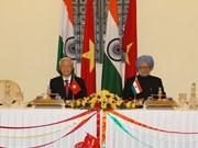 Nguyen Phu Trong s'entretient avec le PM indien