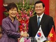 La présidente sud-coréenne affirme resserrer la coopération avec le Vietnam