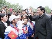 Le président Truong Tân Sang en tournée à Thanh Hoa