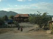 Les enfants de l'ethnie Ro Mam se font plus nombreux à aller à l'école